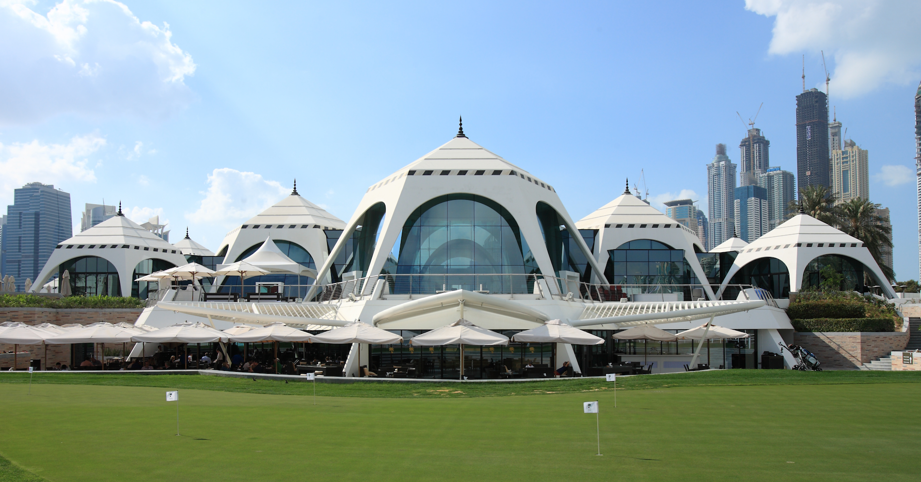 Emirates Golf Club - Dubai Architecture
