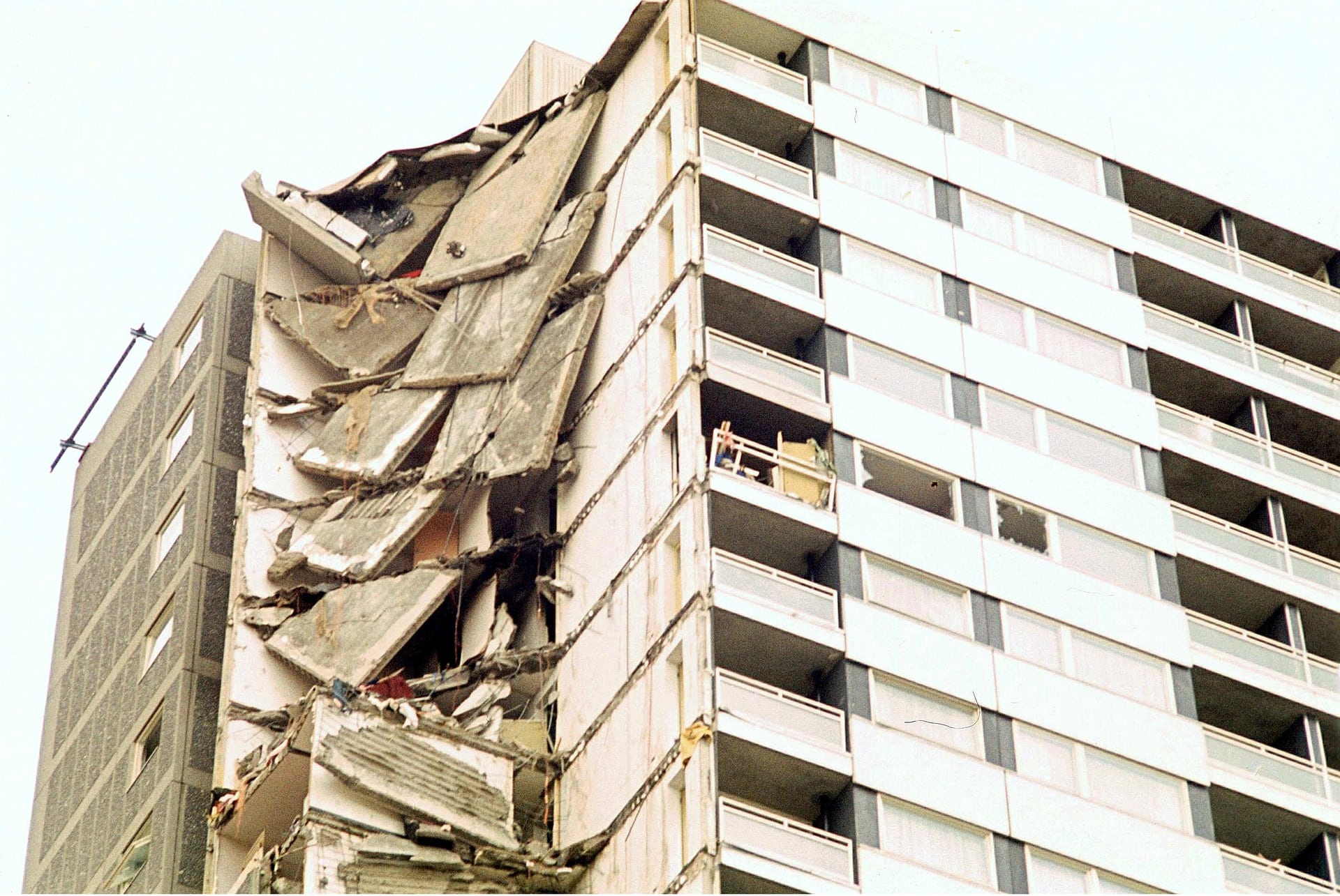 Ronan Point building is an example of progressive collapse